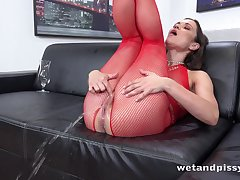 Frying lady in red fishnet stuff Alyssa Reece goes stupid about masturbation