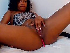 hot black woman with chunky tits caresses her pussy webcam - Near Bit.do/carolinavergara8